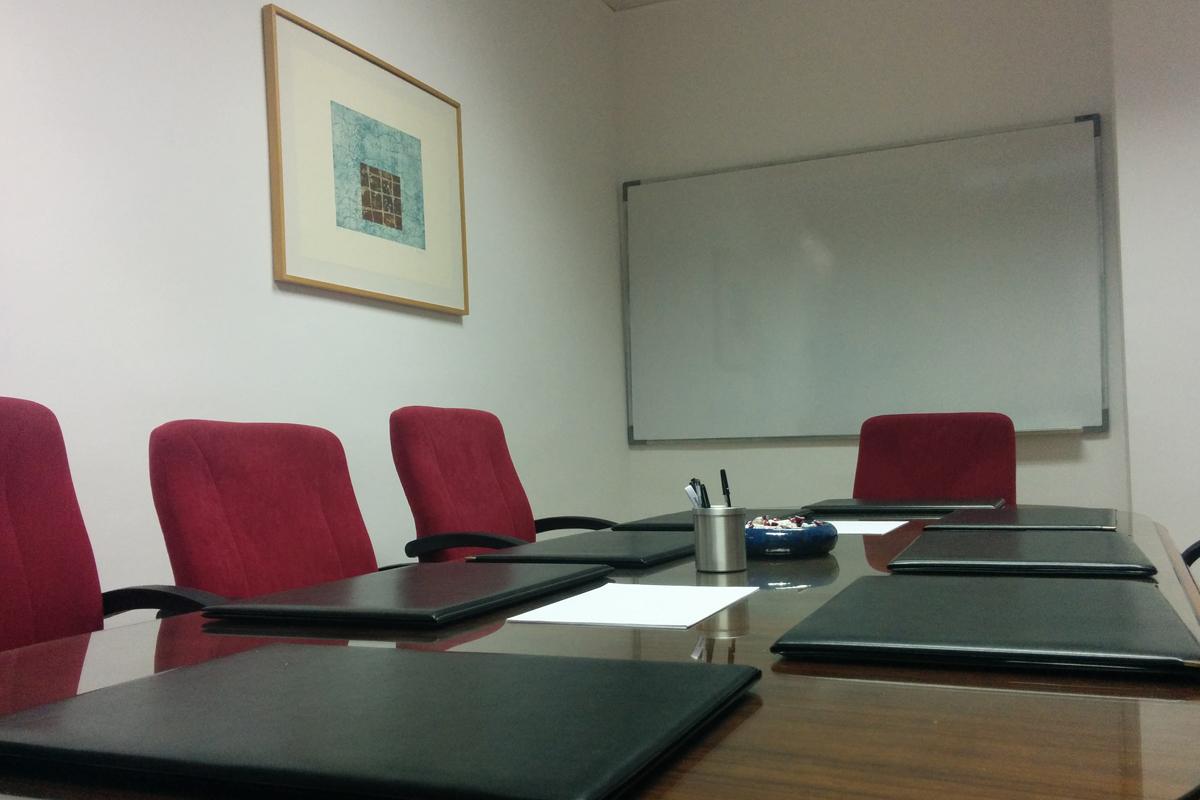sala-de-reuniones-sillas