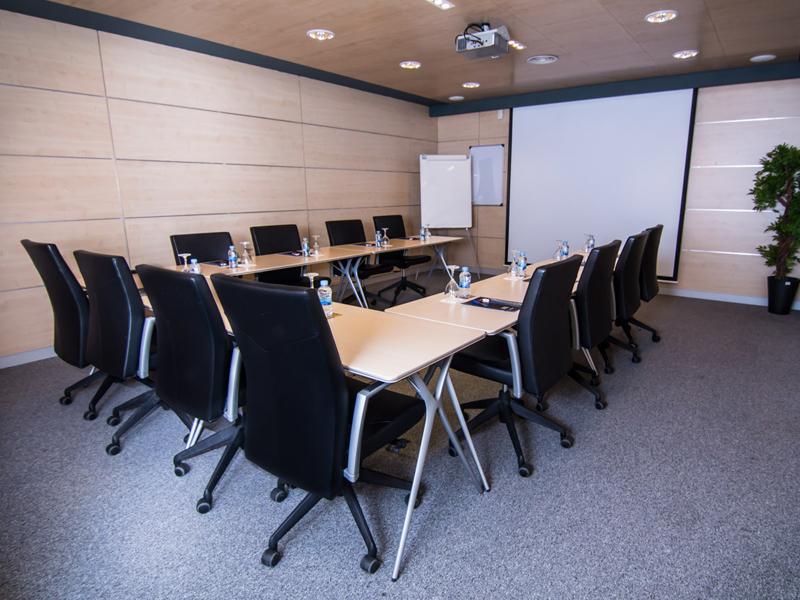 sala reuniones tipo u
